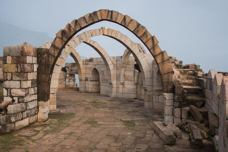 archaeological-2370325_1920.jpg