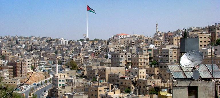 Header_2_Amman_Stadtansicht.jpg