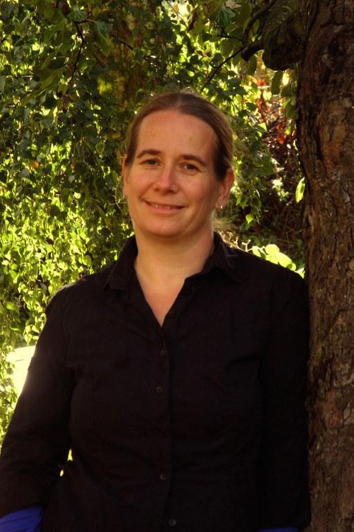 Dr. Nicole Weydmann