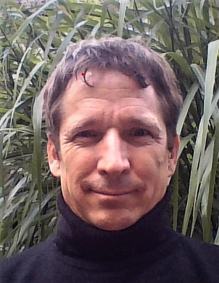 Dr. Oliver Pye